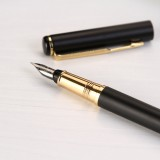 Hero Vector Style Matte Black Gold Trim Single Size 0.5mm Nib Fountain Pen with Converter